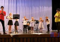 PAT-a-MAT-uváděli-ZUŠ-Open-2017-v-Dolních-Bojanovicích-pro-děti-04